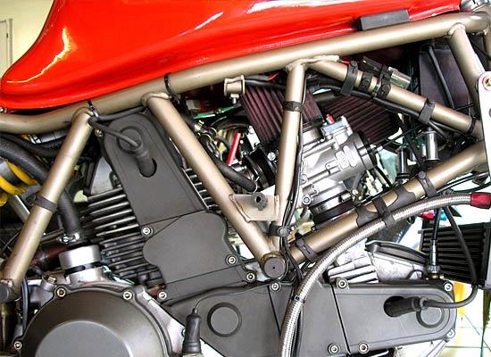 2. Kerzengewinde Ducati