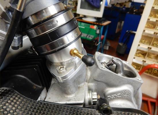 Montage-Ducati-Monster-2V