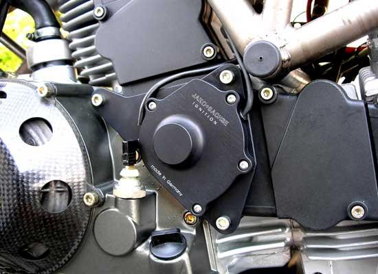 montage-ducati900ss-zuendanlage