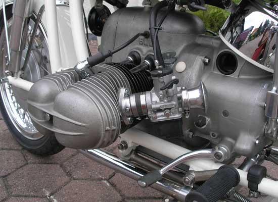 BMW-R-69S-13