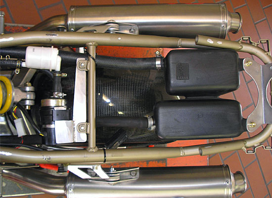 Ducati-900SS-Clubracer-03