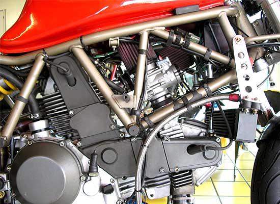 Ducati-900SS-Clubracer-05
