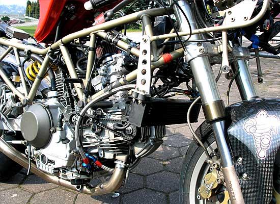 Ducati-900SS-Clubracer-06
