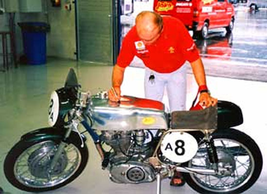 Ducati350desmo-01