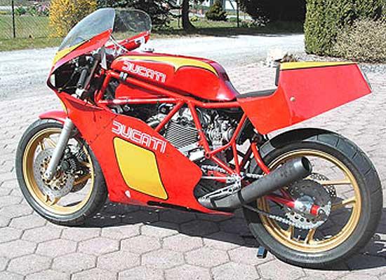 DucatiTT1-Lars-Lindenberg-02