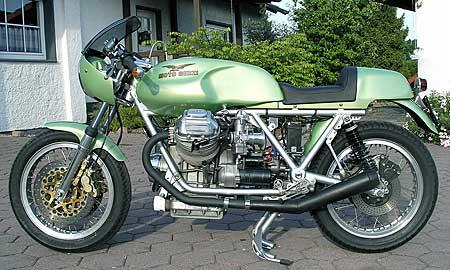 Moto-Guzzi-LeMans-1-2